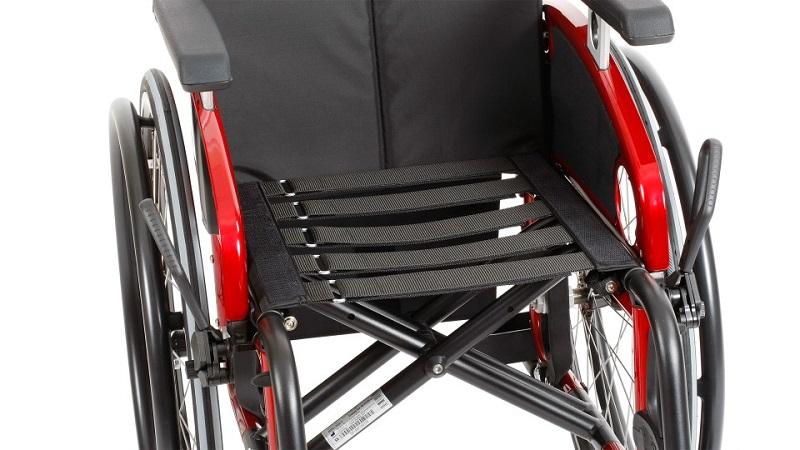 Инвалидная кресло-коляска Отто Бокк Авангард CV