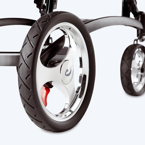 Детская инвалидная кресло-коляска Cricket  R82