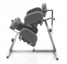 """Кресло для расположения в позе """"на коленях"""""""
