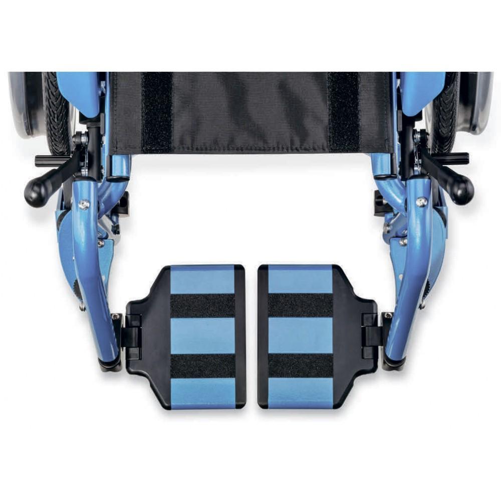 Детское кресло-коляска активного типа Berollka Junior2 Slt