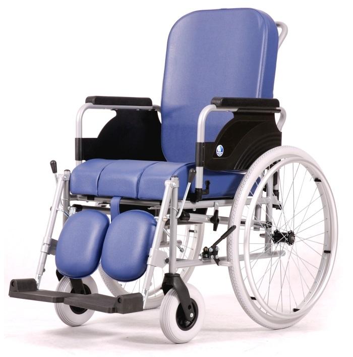Кресло-коляска Vermeiren 9300 с санитарным оснащением (ширина 43 см)