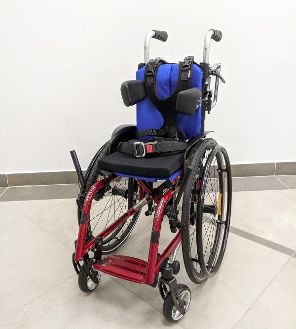 Активная кресло-коляска Otto Bock Авангард Тин в комплектации для ДЦП