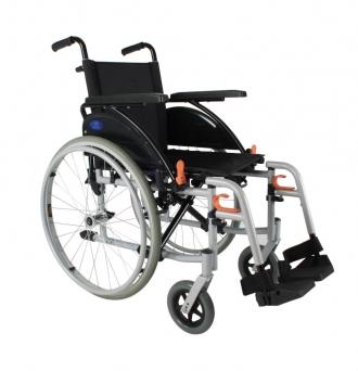 Кресло-коляска с приводом для управления одной рукой Xeryus 110