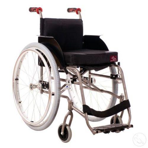 Кресло-коляска активного типа с рамой из титана Катаржина Крошка Ру «Титан»