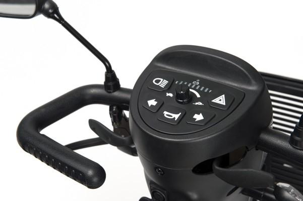 Электрическая инвалидная кресло-коляска (скутер) Vermeiren Eris