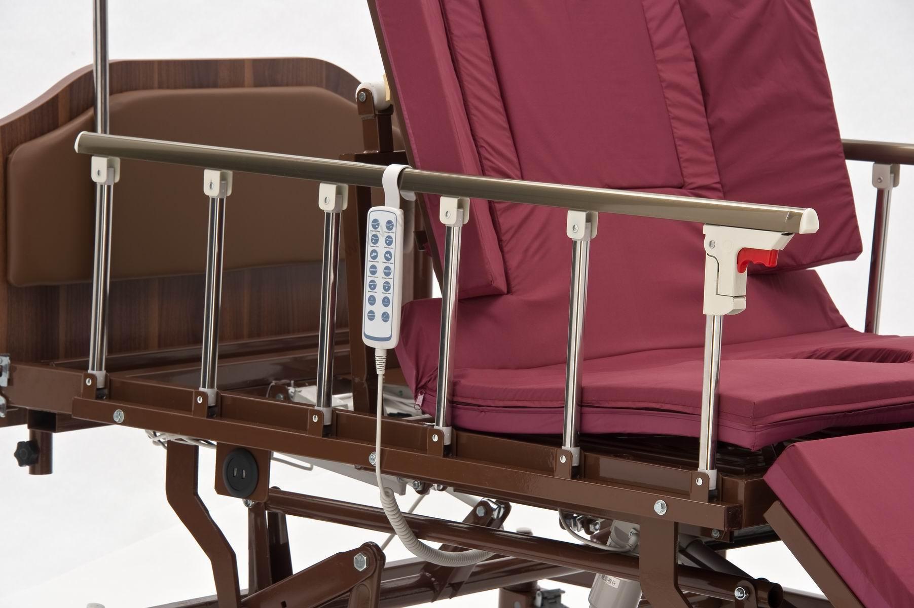 Кровать функциональная с регулировкой высоты, с переворотом и туалетом REALTA