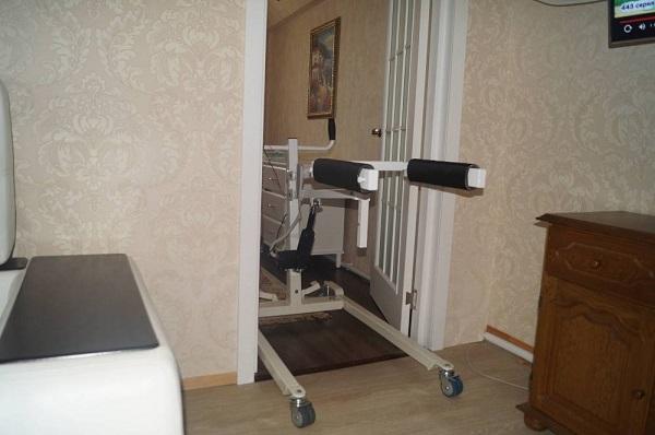 Подъемник электрический для тяжелых больных SAVVA-150