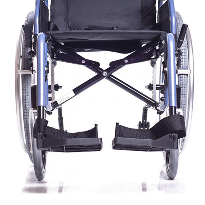 Инвалидная кресло-коляска Ortonica Base 195.10