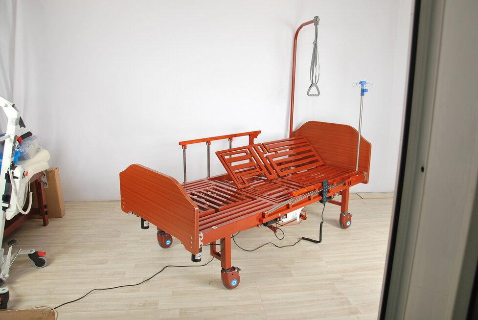 Кровать электрическая Med-Mos YG-3 (МЕ-5228Н-00) с боковым переворачиванием, туалетным устройством и функцией «кардиокресло»