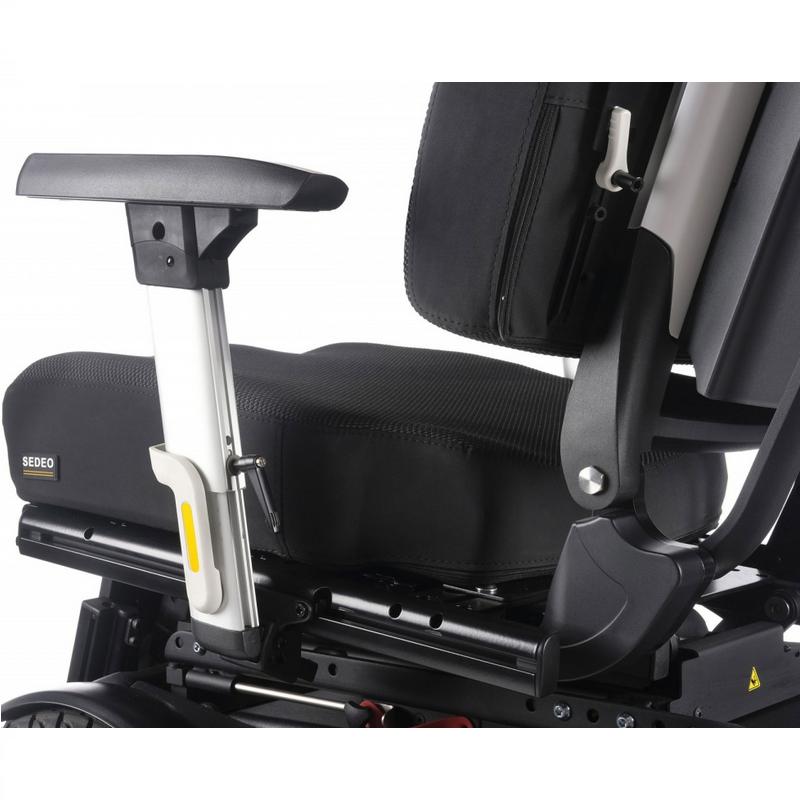Кресло-коляска с электроприводом QUICKIE Sunrise Q500 F SEDEO PRO