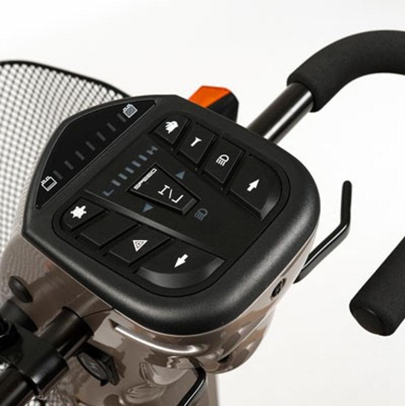 Электрическая инвалидная кресло-коляска (скутер) Vermeiren Carpo 3D
