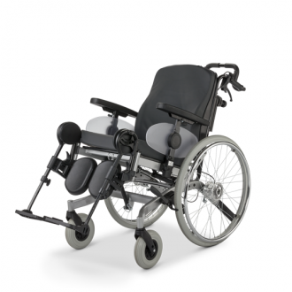 Инвалидная кресло-коляска с множеством функций 9.073 SOLERO 43 см
