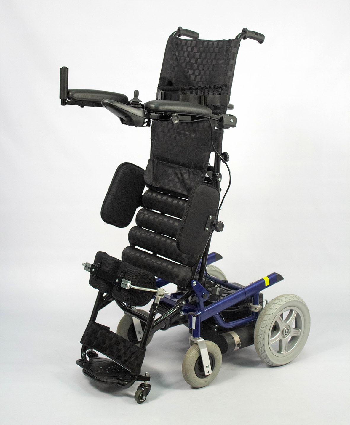 Кресло-коляска инвалидная электрическая с вертикализатором LY-EB103-139