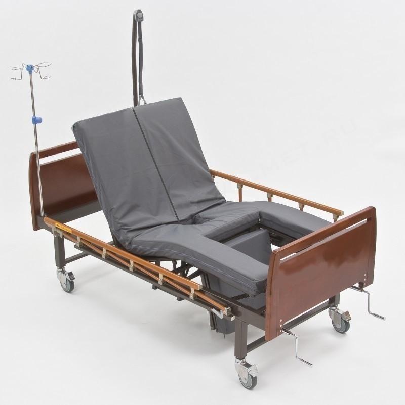 Кровать функциональная с функцией переворачивания больного, туалетом и положением кардиокресло E-45А (дерево)