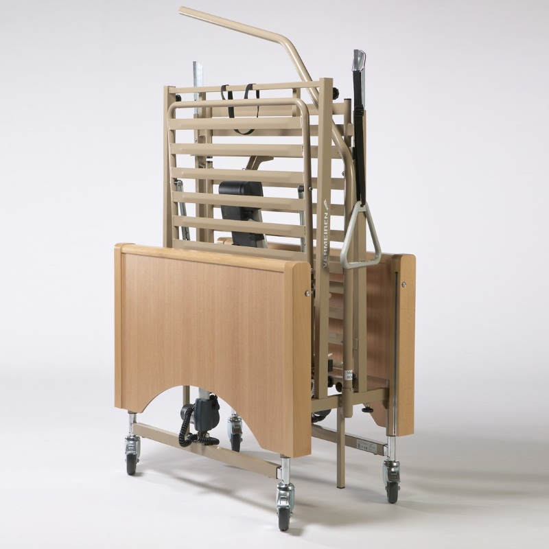 Функциональная электрическая кровать для лежачих больных Vermeiren LUNA с раздельными боковинами (в комплекте с матрасом)