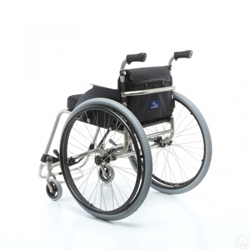 Кресло-коляска активного типа с рамой из титана Катаржина Пикник «Титан»