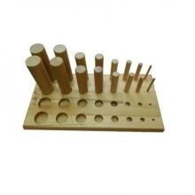 Тренажер для развития силы и подвижности пальцев рук и кисти (16 колышков)