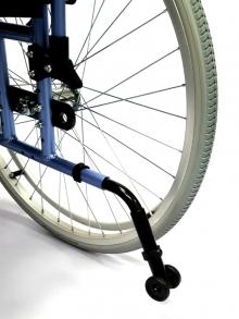 Кресло-коляска инвалидная складная с принадлежностями LY-710 (710-070/43/46/48)