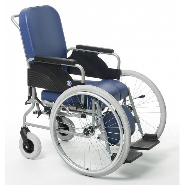 Кресло-коляска Vermeiren 9301 санитарным оснащением