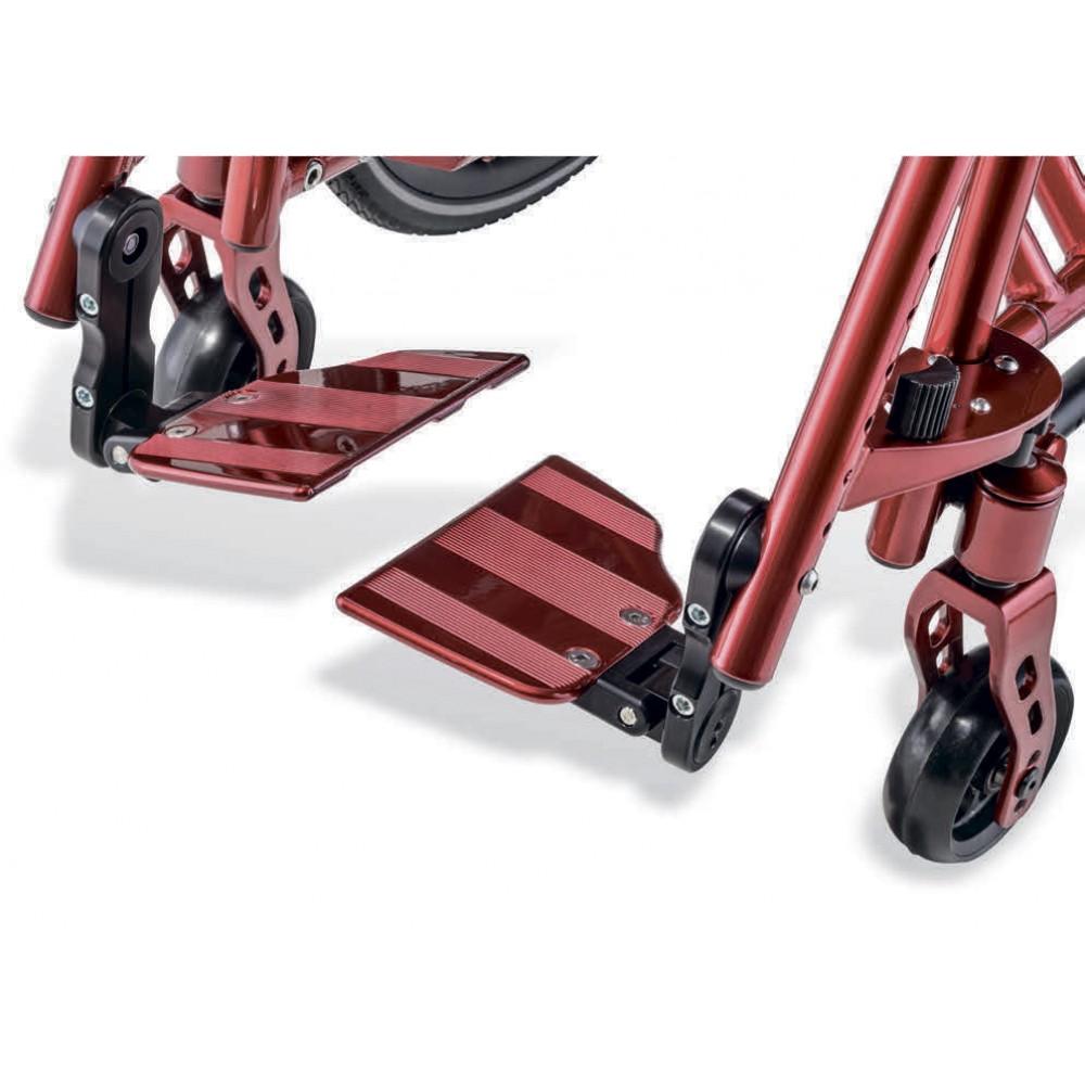 Детское кресло-коляска активного типа Berollka Little Slt/ar