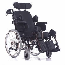 Инвалидная кресло-коляска с множеством функций ORTONICA DELUX 570