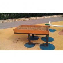 Песочница для детей в инвалидных колясках