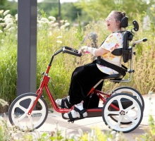 Велосипед реабилитационный для инвалидов с ДЦП Rifton R120 / R130 / R140